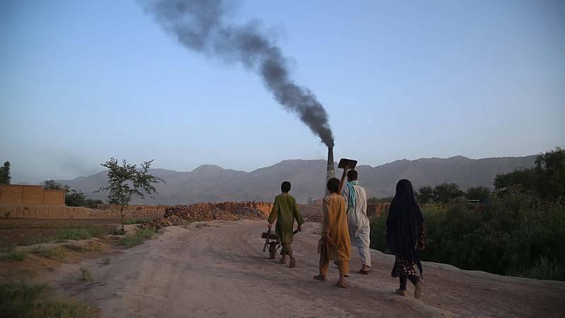 Los afganos que trabajan para EE.UU. temen represalias de los talibanes cuando se retiren los americanos