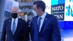El Gobierno insiste en que hubo un encuentro fuera de cámara entre Biden y Sánchez