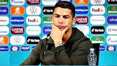 Cristiano Ronaldo quita a Coca-Cola de la rueda de prensa
