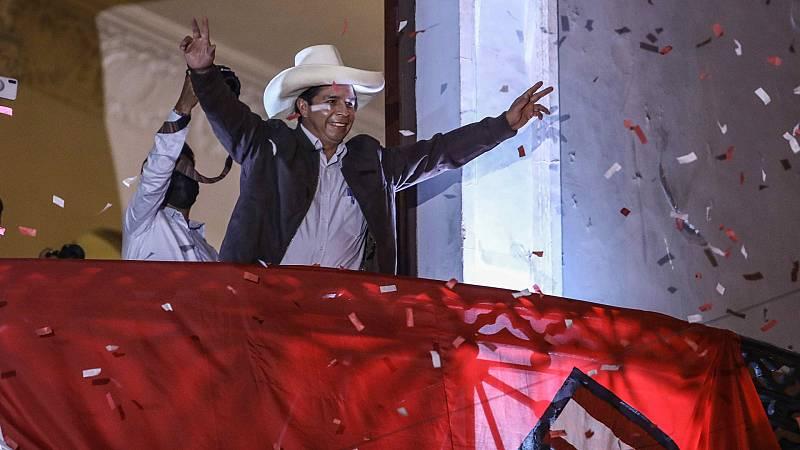 Castillo se impone por la mínima en las presidenciales de Perú con todas las actas contabilizadas