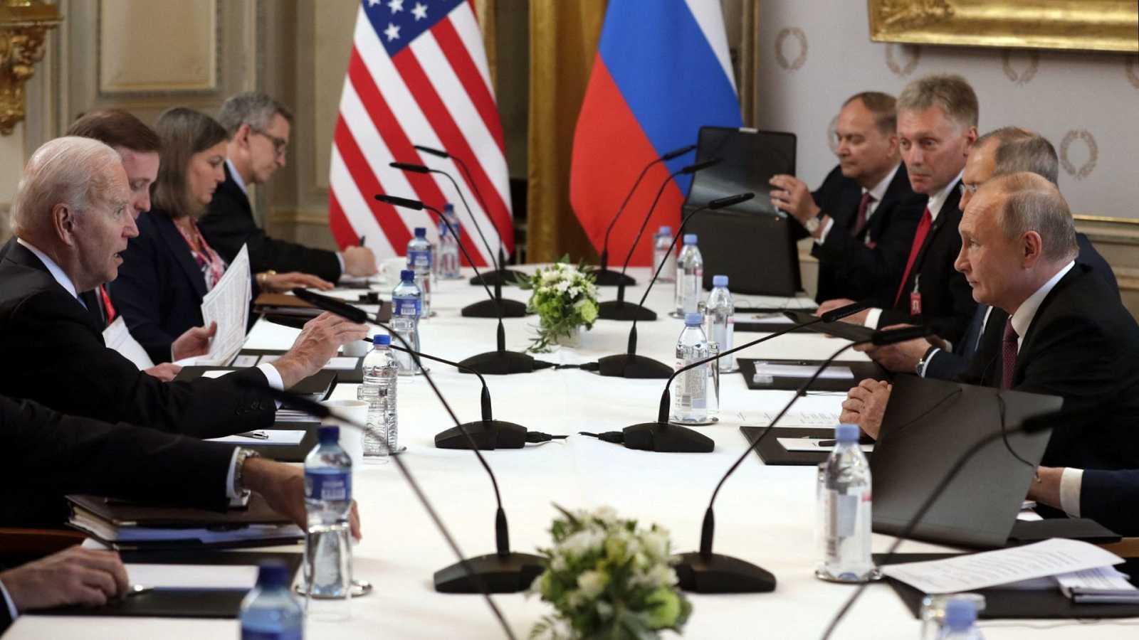 Estados Unidos y Rusia acuerdan el regreso de sus embajadores durante la cumbre entre Biden y Putin