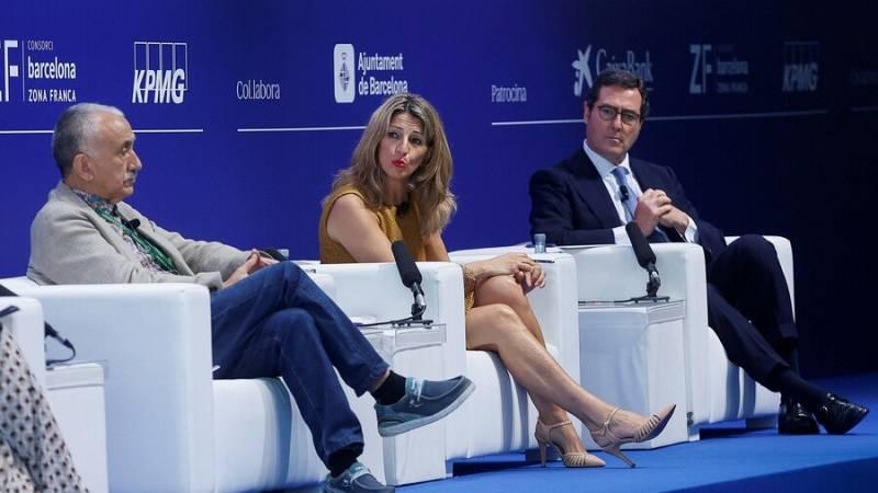 La ministra Yolanda Díaz defensa la pujada del SMI davant l'oposició de la patronal