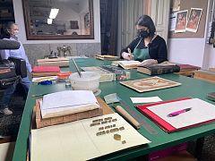 España Directo - Centenarios: 114 años dando puntadas entre páginas