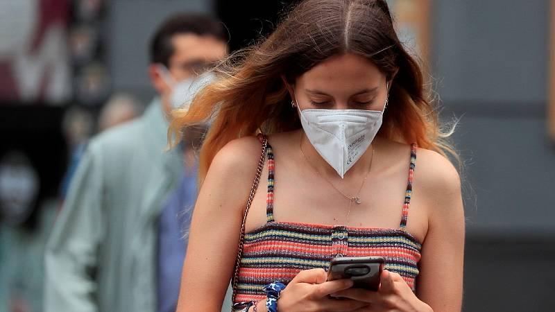 """Darias anuncia el fin del uso obligatorio de la mascarilla en exteriores: """"Las mascarillas dejan paso de nuevo a la sonrisa"""""""