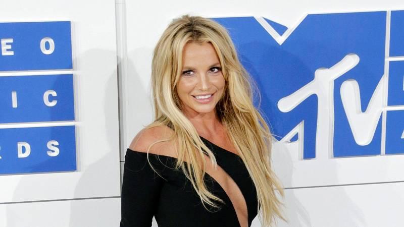 "Britney Spears pide poner fin a su tutela por considerarla ""abusiva"""