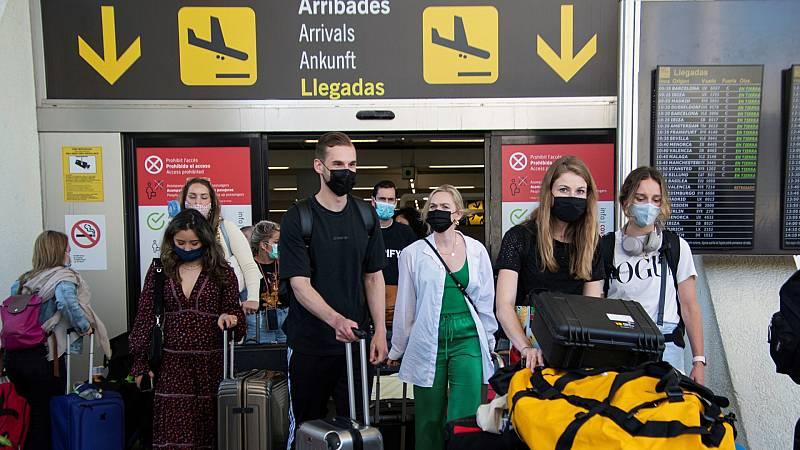 El macrobrote por el viaje de fin de curso a Mallorca deja casi 500 positivos y 2.000 estudiantes en cuarentena