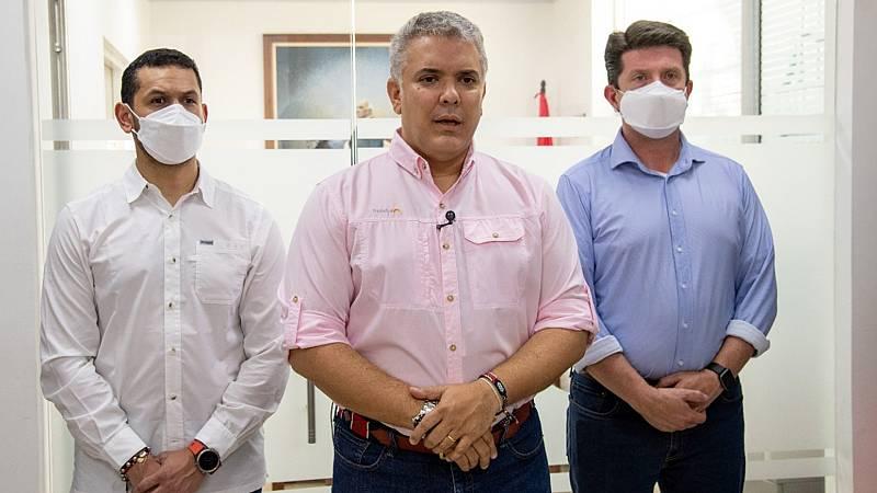 Las autoridades colombianas investigan la autoría del ataque contra el helicóptero del presidente