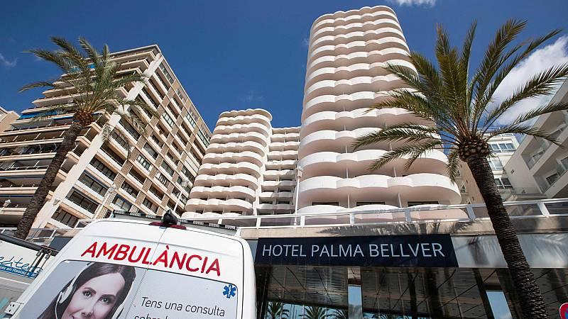 El macrobrote de Mallorca afecta ya a 122 jóvenes andaluces
