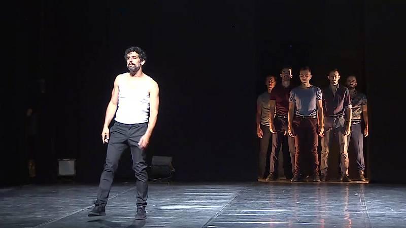 """'La maldición de los hombres Marlboro' o cómo desterrar la """"masculinidad tóxica"""" a través de la danza y el teatro"""