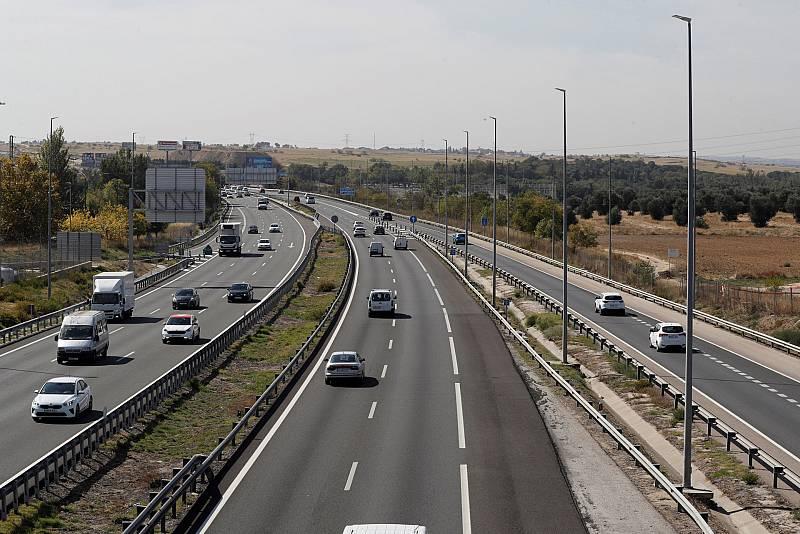 Arranca la primera operación salida de tráfico de este verano, en la que se prevén 4,4 millones de desplazamientos