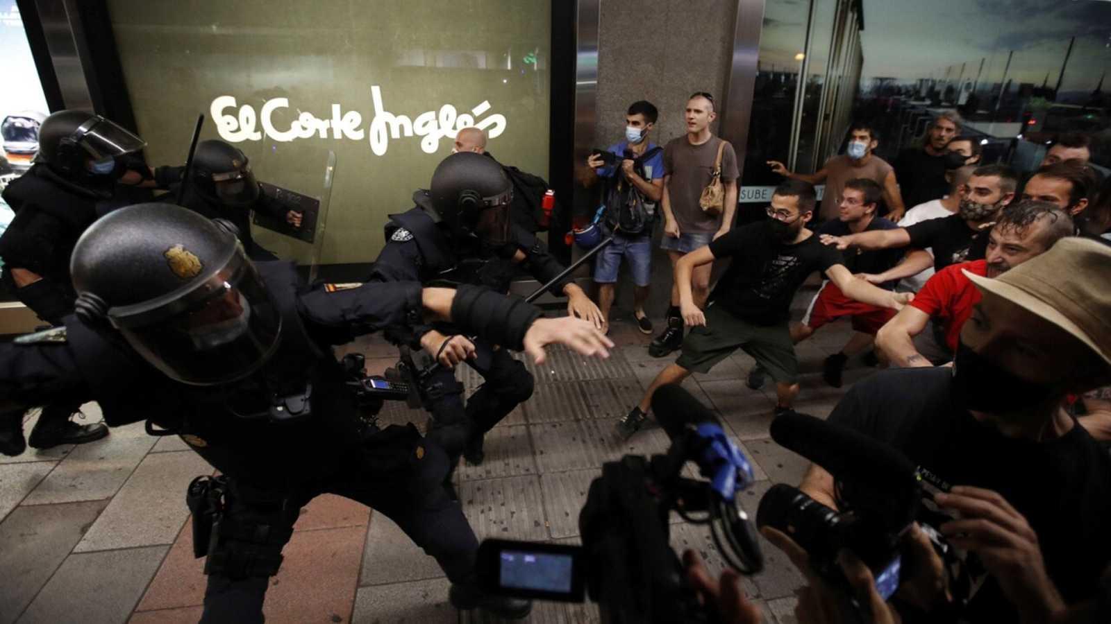 La Delegación del Gobierno en Madrid investigará la actuación policial en las protestas por el asesinato de Samuel - Ver ahora