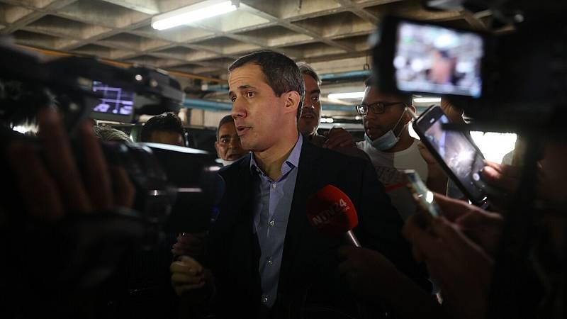 Intentan detener a Juan Guaidó en Venezuela  - Ver ahora