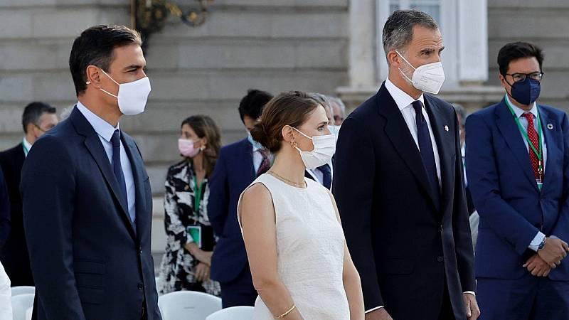 """María Díaz, sanitaria: """"La vacuna ha permitido ilusionarnos con un futuro mejor. La ciencia ha ganado de nuevo"""""""