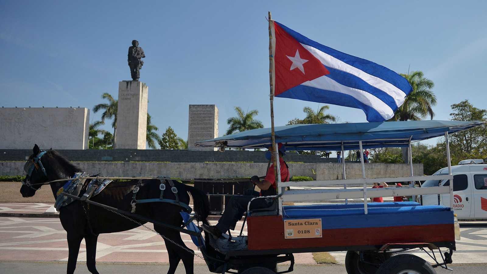 Las autoridades cubanas excarcelan y ponen bajo arresto domiciliario a la corresponsal de ABC en La Habana