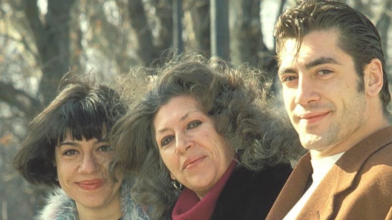 Corazón - La discreta vida personal de Pilar Bardem: de su tormentosa relación con el padre de sus hijos a su batalla contra el cáncer