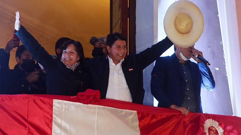 Pedro Castillo, proclamado presidente electo de Perú