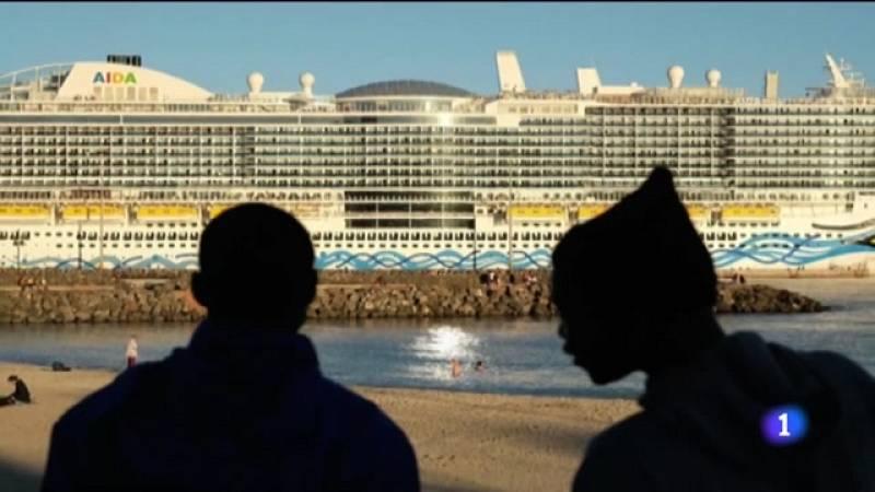 El certamen homenajea al fotógrafo canario fallecido en septiembre