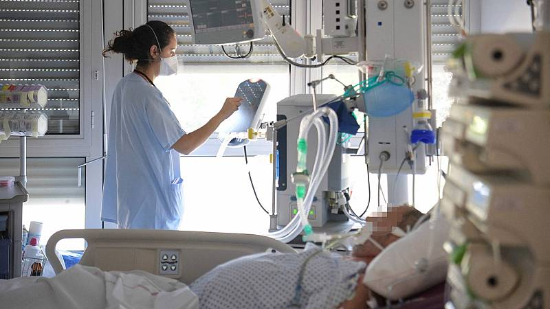 La quinta ola presiona a los hospitales: en lo que llevamos de mes los ingresos por COVID se han triplicado