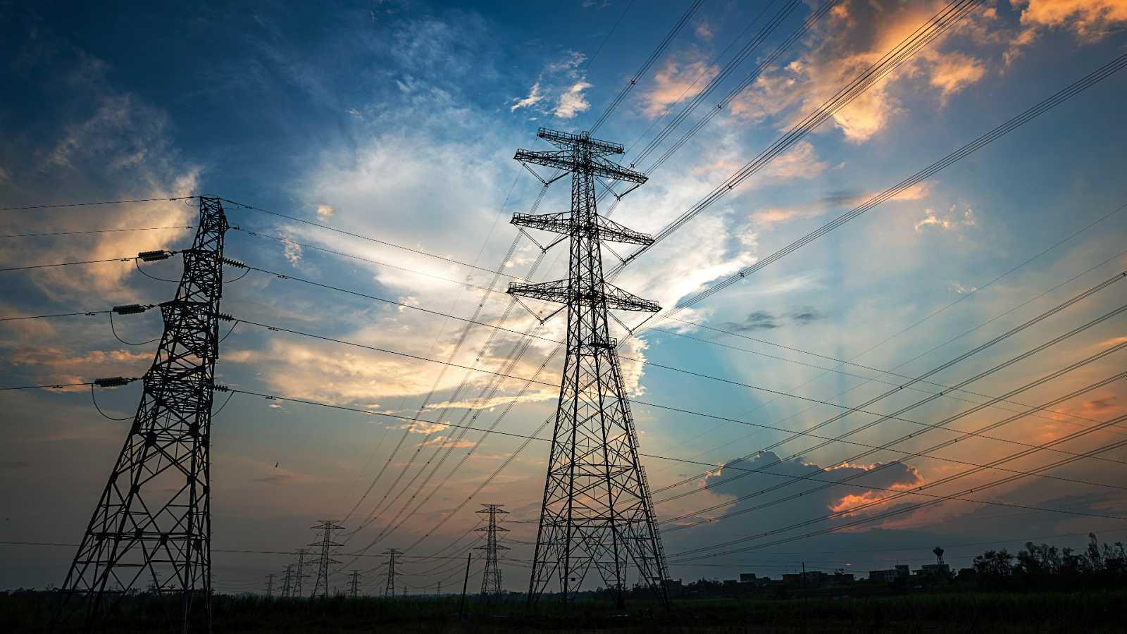 Un apagón deja sin luz a más de un millón de hogares en la península