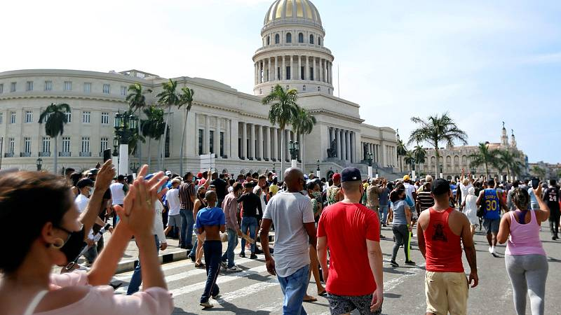 Los familiares de los detenidos en las protestas de Cuba denuncian irregularidades en los juicios