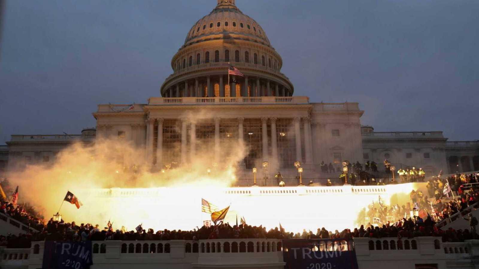 Cuatro policías obligan a EE.UU. a confrontar el horror del asalto al Capitolio
