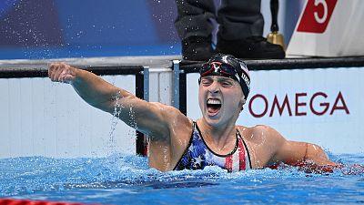 Katie Ledecky suelta presión ganando el oro en 1.500m libres