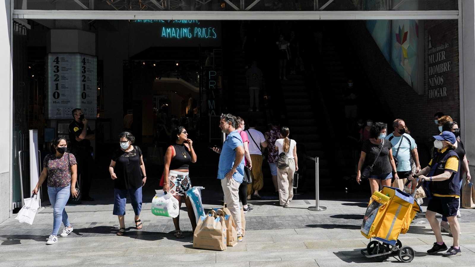 El segundo trimestre deja 110.000 parados menos y 464.900 ocupados más