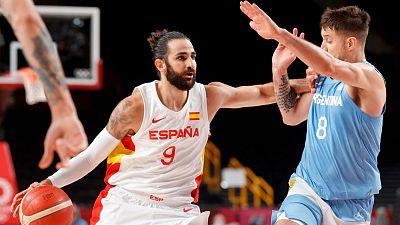 Ricky vuelve a liderar a España