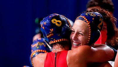 España logra el primer puesto de grupo en waterpolo