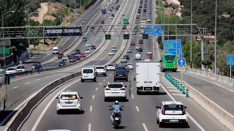 Escasas retenciones en las carreteras por la segunda operación salida