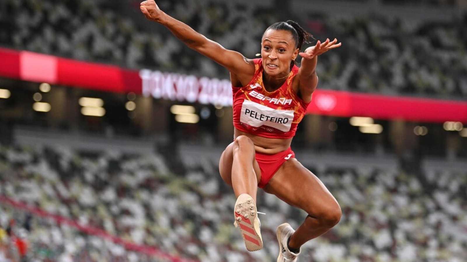 Ana Peleteiro y Yulimar Rojas, en la final de triple salto
