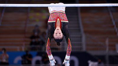 Nina Derwael, oro olímpico en las barras asimétricos