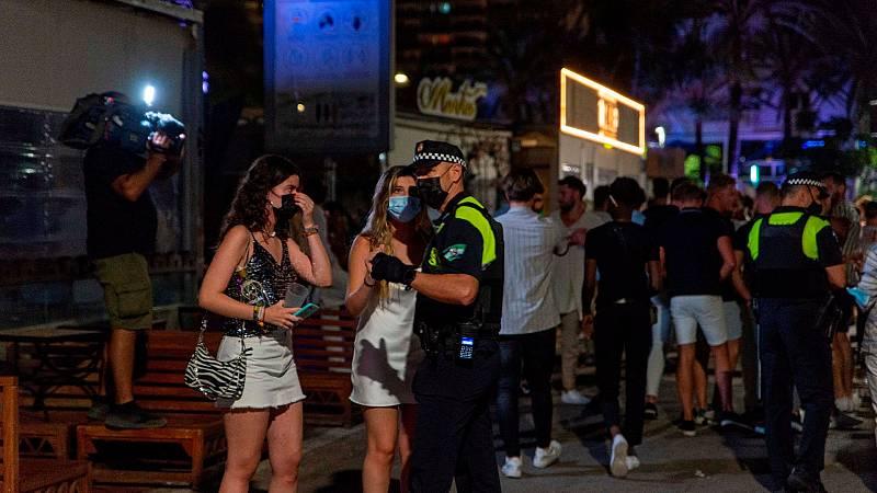 Andalucía exigirá tener el pasaporte COVID o test negativo para el ocio nocturno