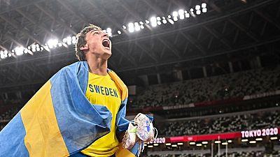 Armand Duplantis, oro en salto con pértiga