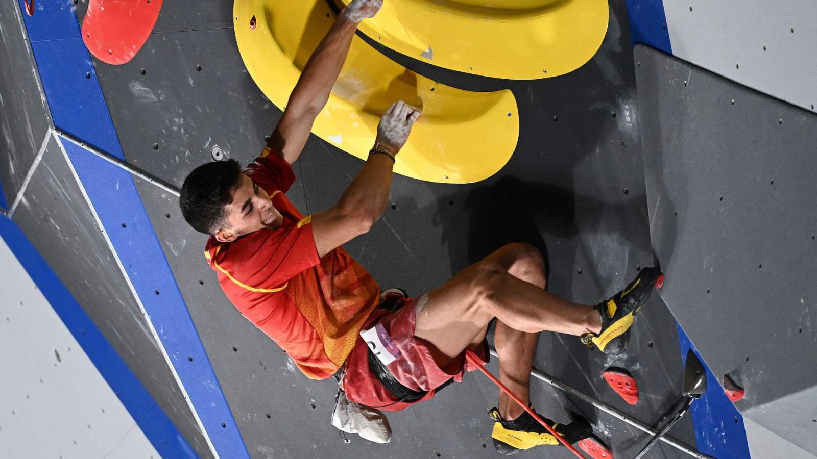 Tokyo 2020 | Alberto Ginés hace historia al convertirse en el primer campeón olímpico de escalada