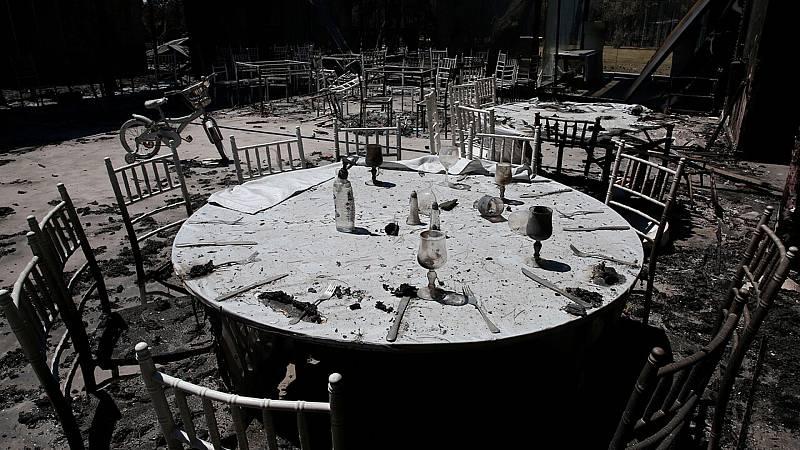 Grecia controla los incendios en el norte de Atenas pero lo peor está en la isla de Evia - Ver ahora