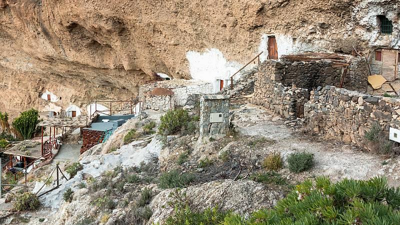 Comando al sol - La ruta de las cuevas de Gran Canaria para un verano difirente