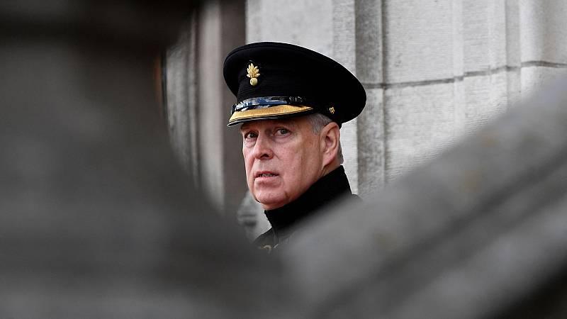 El príncipe Andrés de Inglaterra, demandado por abuso sexual de una menor - Ver ahora