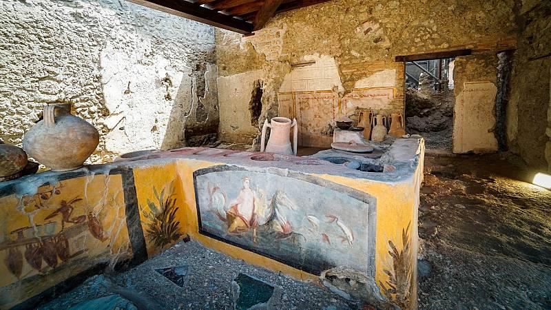 Pompeya 'reabre' uno de sus termopolios mejor conservados - Ver ahora