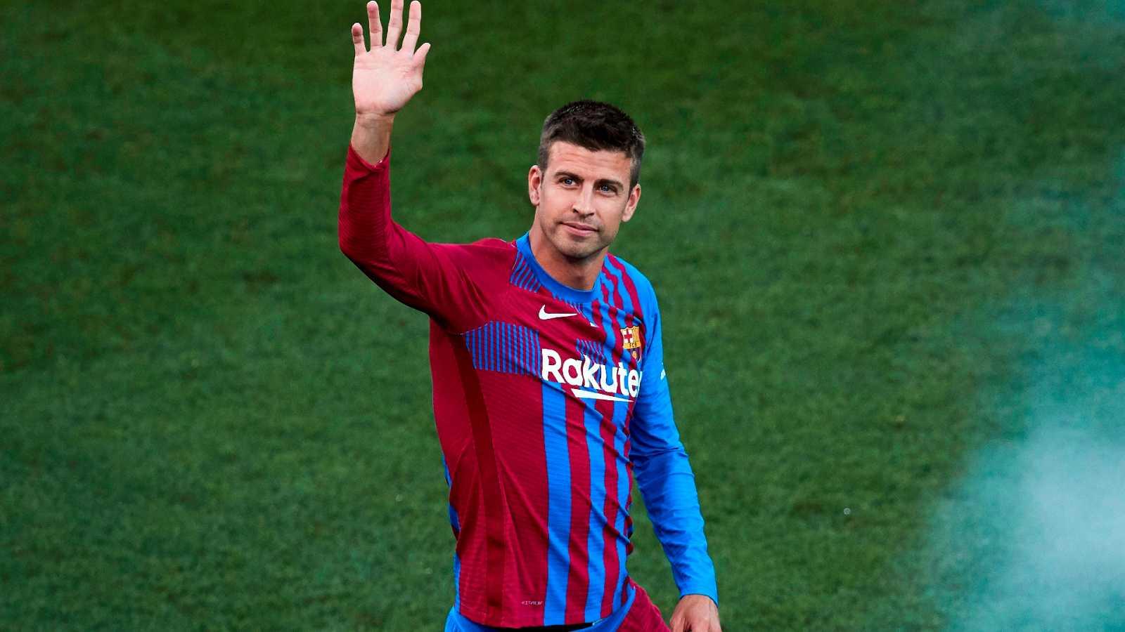 """Piqué se baja """"significativamente el sueldo"""" y el Barça inscribe a los fichajes - ver ahora"""