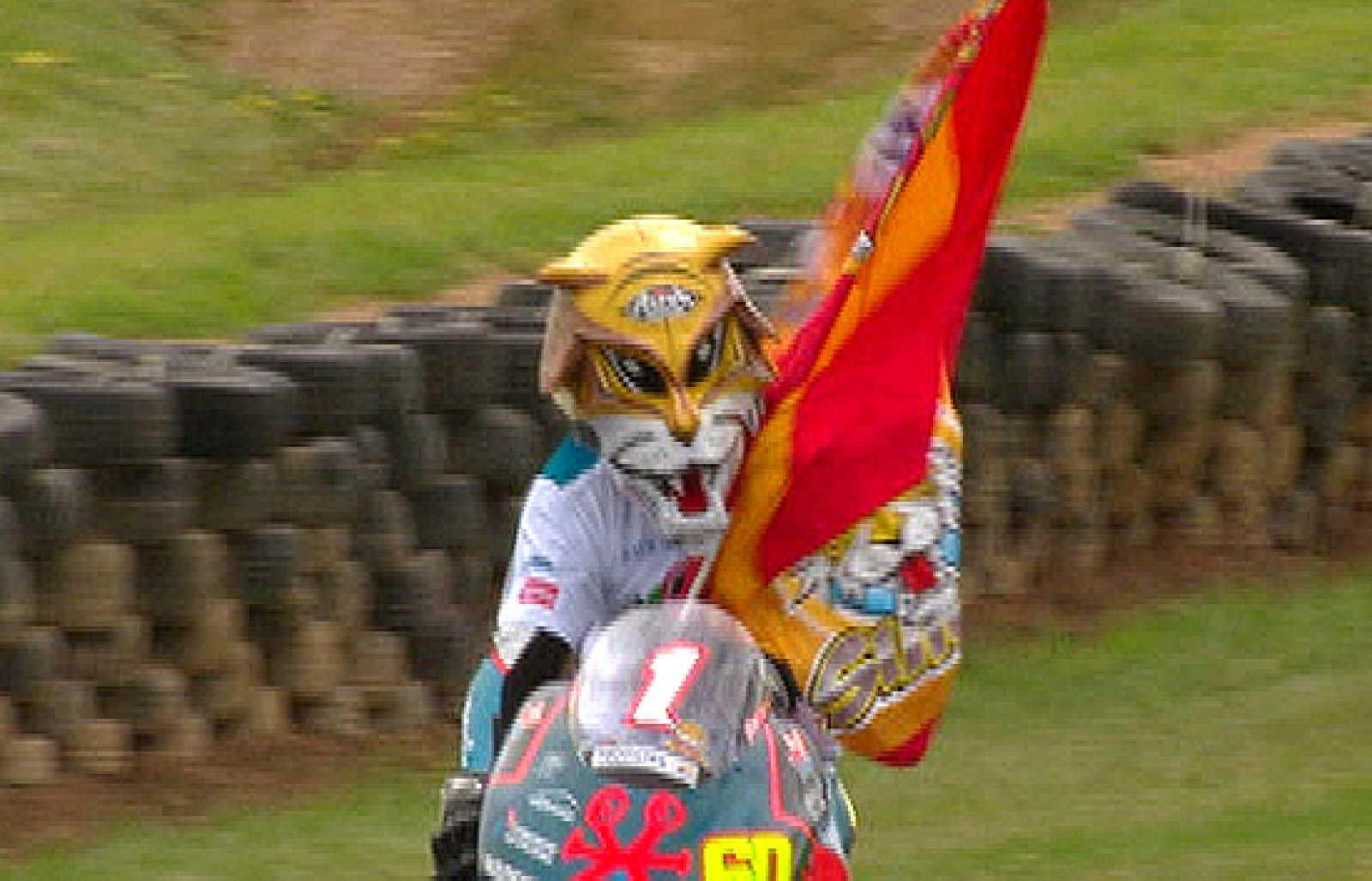 Julián Simón se ha proclamado campeón del mundo de 125cc en Phillip Island.