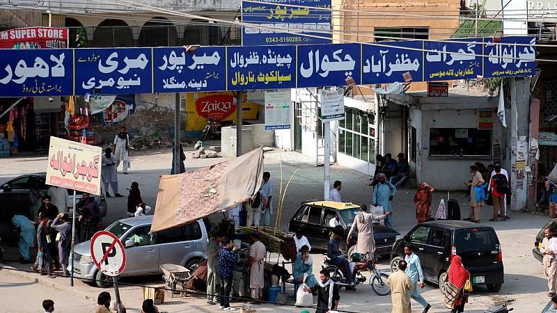 """Albares en Pakistán: """"Vengo a buscar vías seguras para no dejar a nadie atrás"""""""