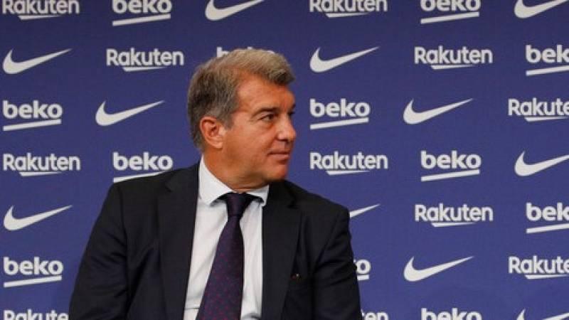 """Laporta pide """"paciencia"""" con el equipo y """"confianza"""" en la directiva del Barça"""