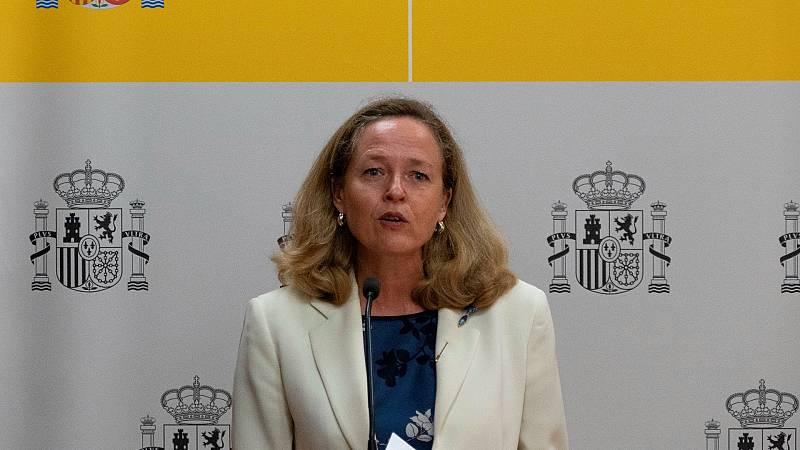"""Calviño, sobre la subida del SMI: """"En este momento no hay ningún acuerdo y vamos a dejar que sigan las negociaciones"""""""