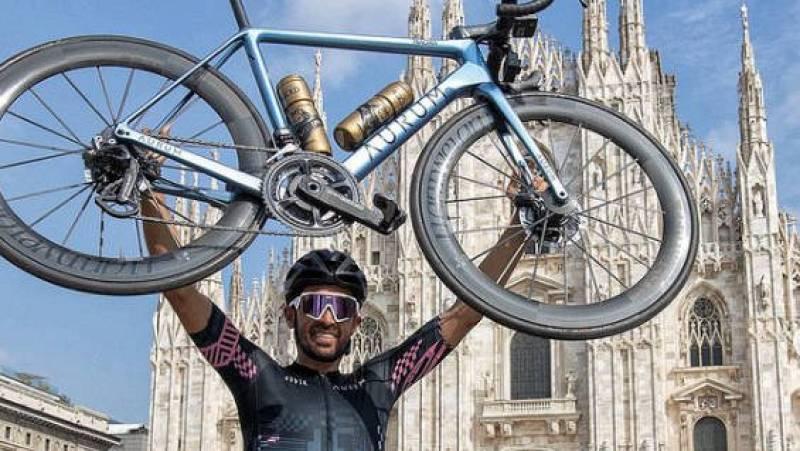 Alberto Contador cumple su promesa: de Pinto a Milán en bici -- Ver ahora