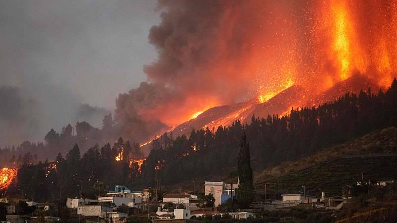 La erupción volcánica abre la tierra en la isla de La Palma