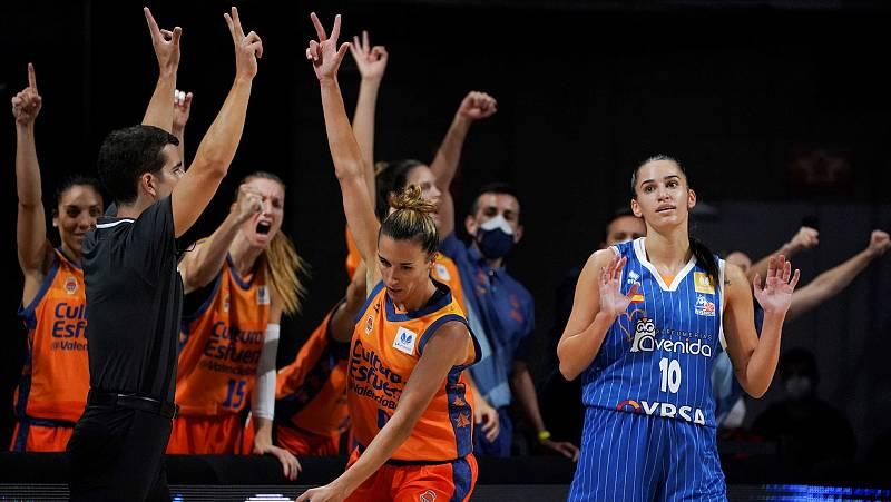 El Valencia Basket derrota al Perfumerías y se proclama supercampeón de España