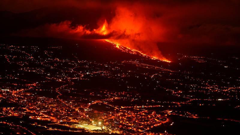 """Los vulcanólogos avisan de que cuado la lava llege al mar """"puede haber alguna que otra detonación"""""""