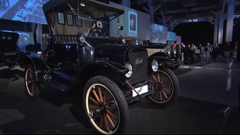 Arxiu TVE Catalunya - Saló de l'Automòbil - Cotxes més representatius dels darrers cent anys - 2019