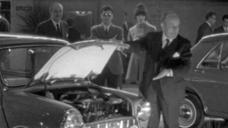 Arxiu TVE Catalunya - El Saló de l'Automòbil és a punt per obrir l'edició del 1968
